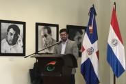 Director de la Biblioteca Nacional del Paraguay disertó ante auditorio lleno en la FILSD imagen
